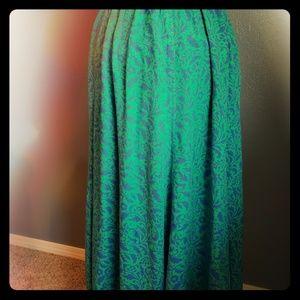 Vintage Liz Claiborne rayon skirt with pockets